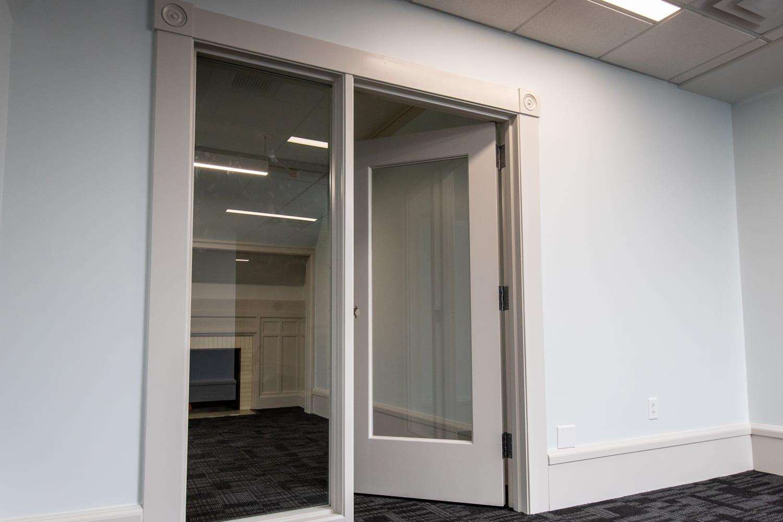 Design Supply sidelites door frame